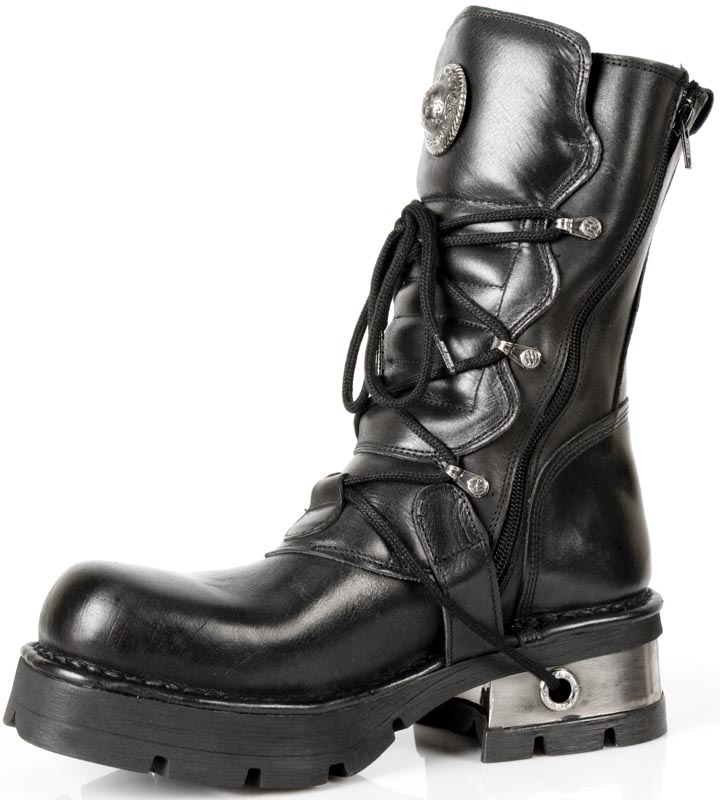 giant black booties Cowgirl Boots for Women   Cowboy Boots for Men.
