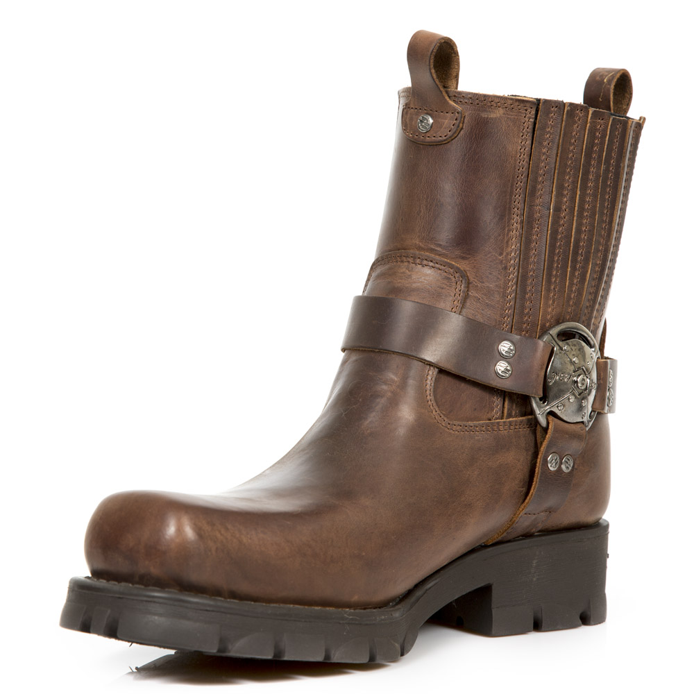 brown leather motorcycle boots