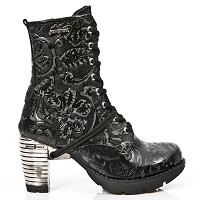 Black Leather Paisley Boots w 3