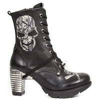 Black Leather Silver Skull Ladies Boots