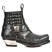 Studded Westerns   ONLY Mens 14 Available.