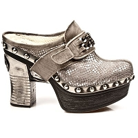 Silver Taupe Platform Clog w Chain