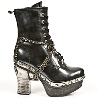 Black Patent Leather Platform Clogs w Chains