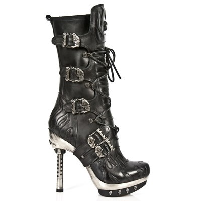 Black Leather New Rock high heels w black flames n cute skulls.  Zip on the inner leg, 5 Buckles to adjust for comfort and fit.