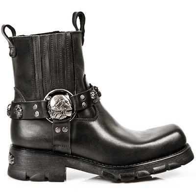 Black Leather Motorcycle Boots w Skulls