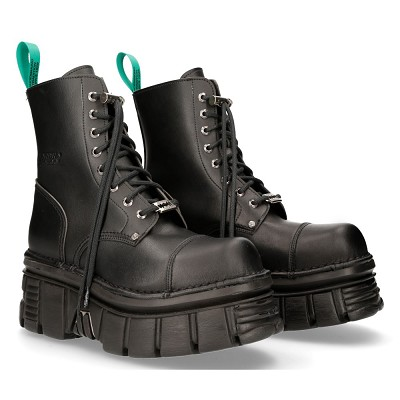 High Quality Black Vegan Thick Sole New Rock Combat Boots. Traditional Lacing up the front!