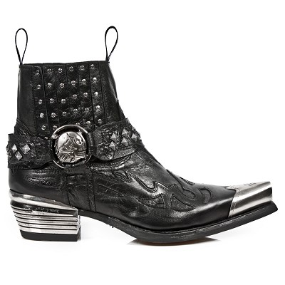 Black Leather Italian Western Boots w Black Flames & Studs with Silver Toe. Top part is stretchy, making them easy to pull right on.